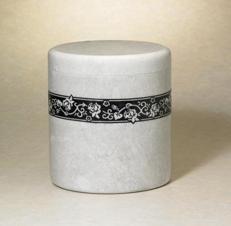 NM30401-2A Sentiment Natural Marble Urn w/ Rose Motif