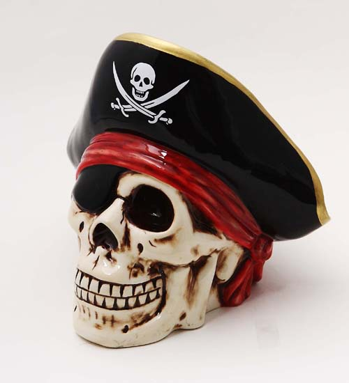 9005 Pirate Skull Bank