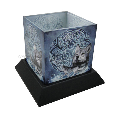 90231 Celtic Wolf Candle Hurricane