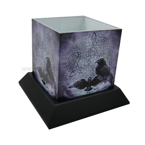 90232 Celtic Raven Candle Hurricane