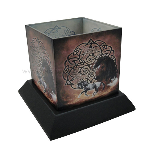 90233 Celtic Horse Candle Hurricane