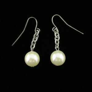 J060 Mermaid Pearl Earrings